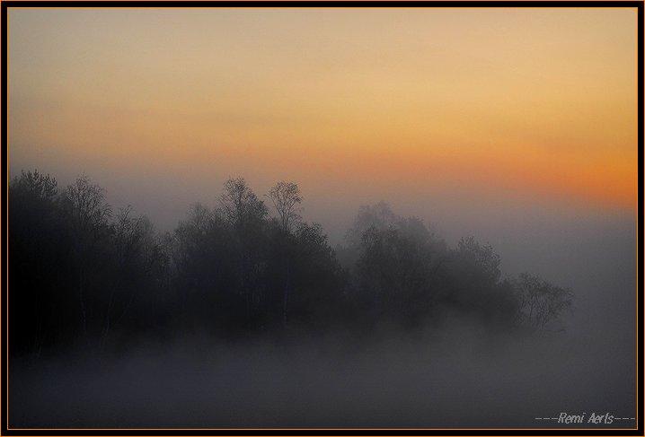 """photo """"misty sunup"""" tags: landscape, spring, sunset"""