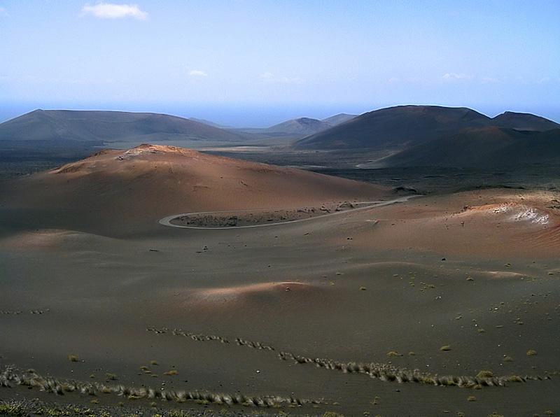 """фото """"Volcanic fields"""" метки: пейзаж, путешествия, Европа"""