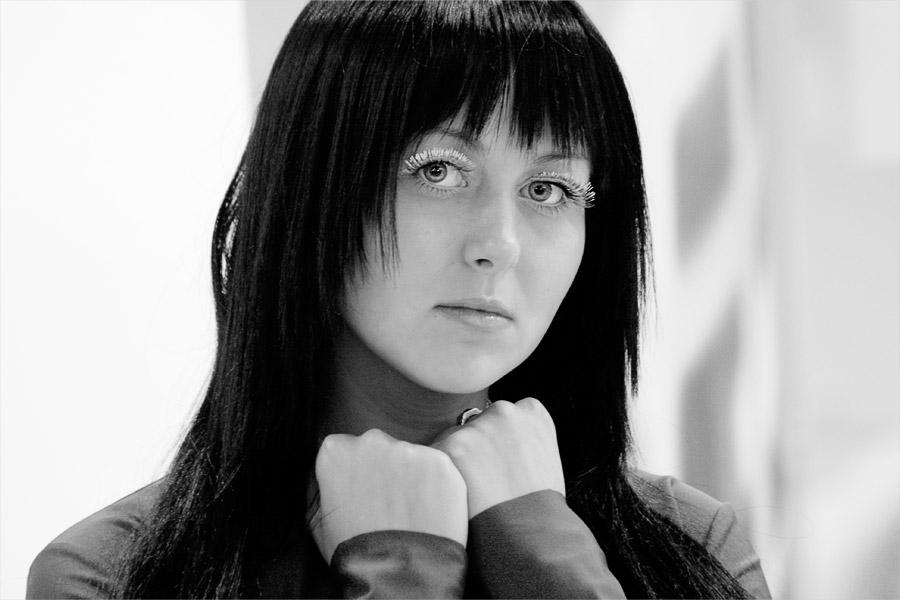 """photo """"fotoforum 2007"""" tags: portrait, woman"""