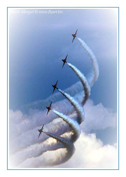 "photo ""Red Arrows 02"" tags: technics, sport,"