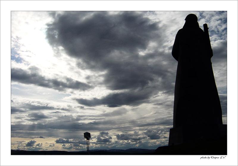 """photo """"***"""" tags: architecture, landscape, clouds"""