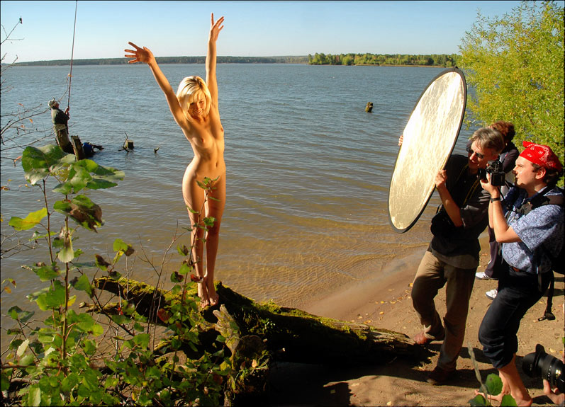 "photo ""***"" tags: nude, landscape, autumn"
