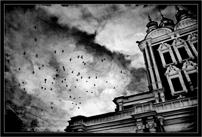 "photo ""Foreboding ..."" tags: architecture, black&white, landscape,"