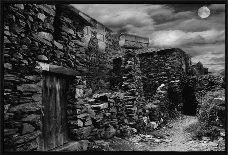 "фото ""Village Lost in Time - Aldeia da Pena"" метки: пейзаж, горы"