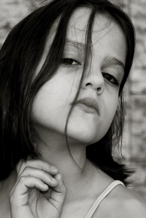 """photo """"Mafalda II"""" tags: portrait, black&white, children"""