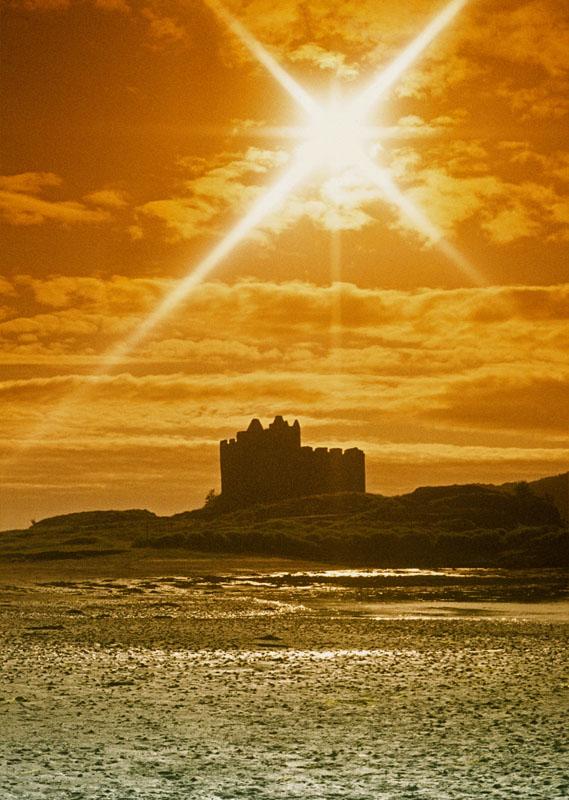 "фото ""Tioram Castle"" метки: пейзаж, путешествия, Европа, закат"