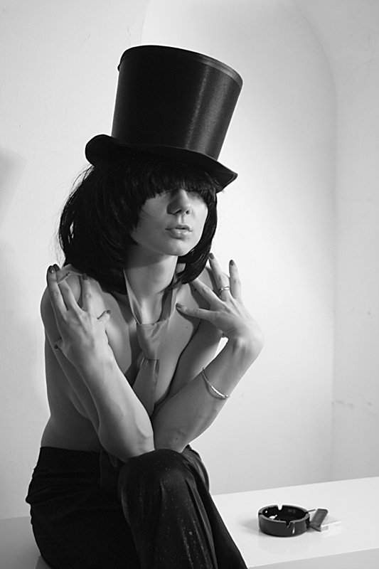 "фото ""Хозяйка кабаре"" метки: портрет, черно-белые, женщина"