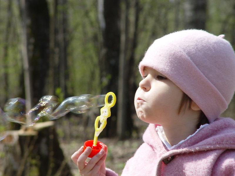 """фото """"Мыльная весна."""" метки: портрет, репортаж, дети"""