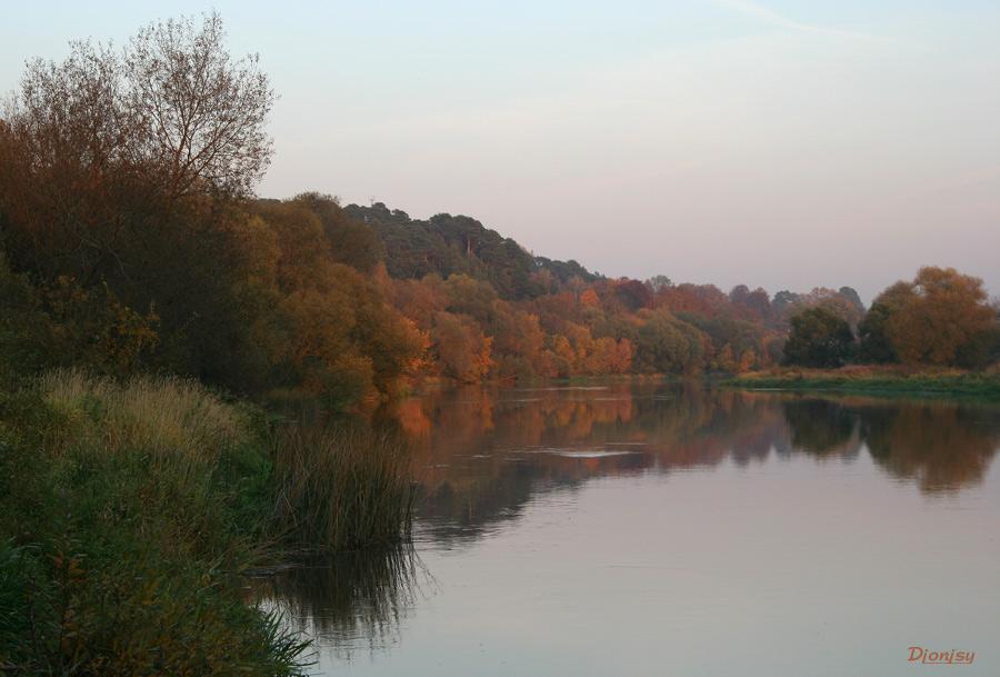 """photo """"Fist autumn colors"""" tags: landscape, autumn, water"""