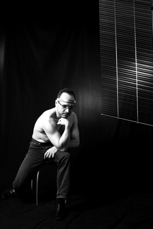 """фото """"Мыслитель"""" метки: черно-белые, портрет, мужчина"""