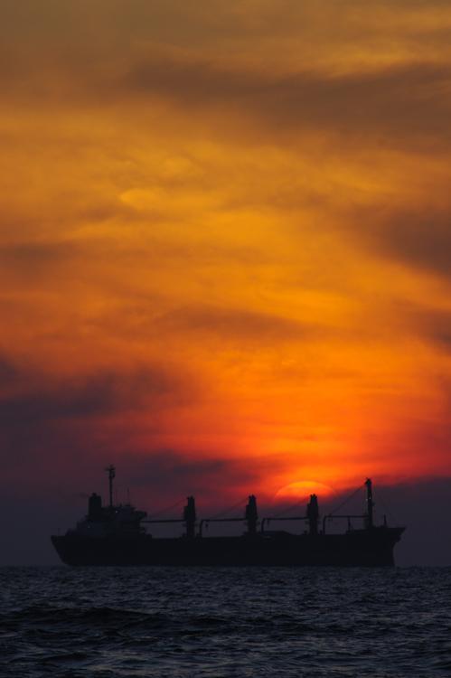 """фото """"A Moment Before..."""" метки: пейзаж, закат, облака"""