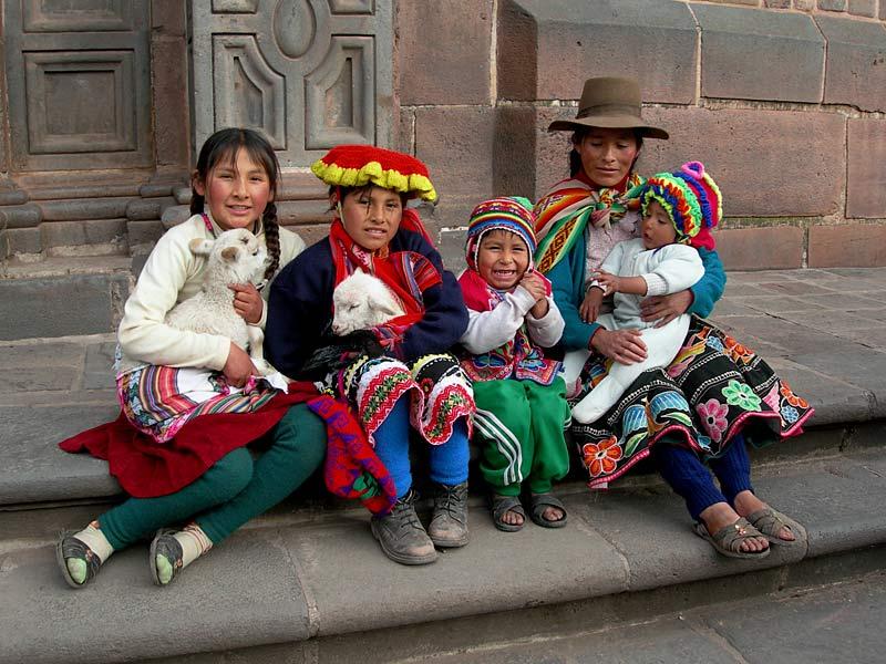 """фото """"Family of Cuzco"""" метки: путешествия, Южная Америка"""