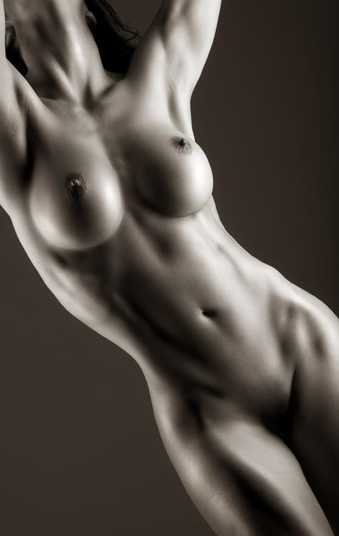 krasivoe-eroticheskoe-foto-zhenskogo-tela