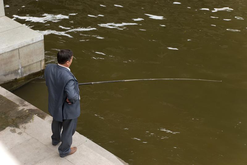 """фото """"Надо же ТАК любить рыбалку."""" метки: репортаж, жанр,"""