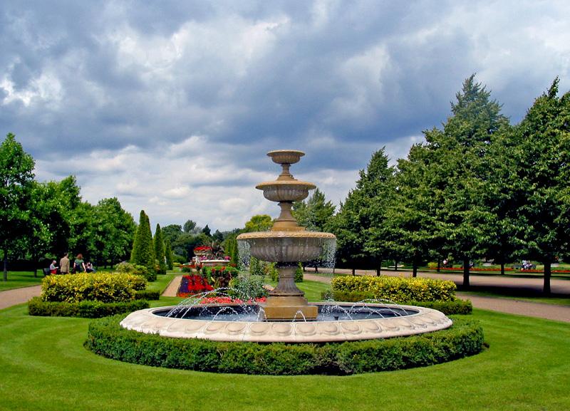 "фото ""Fountain in the Park"" метки: природа, цветы"