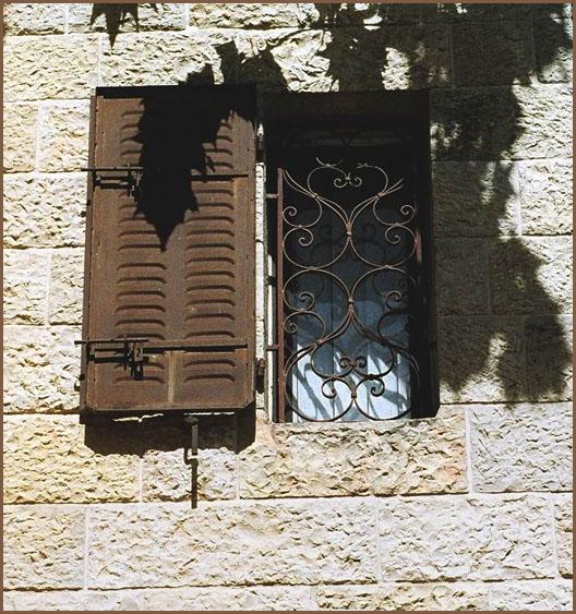 "фото ""Window"" метки: ,"