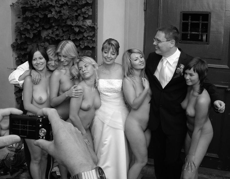 golaya-nevesta-na-svadba-foto