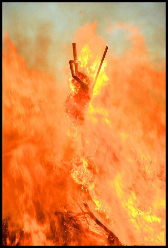 "фото ""burning witch"" метки: разное,"