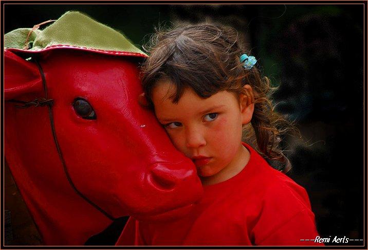 "фото ""Girl in red"" метки: портрет, репортаж, дети"