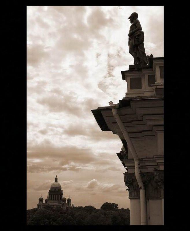 "фото ""The guard of city"" метки: город, архитектура, пейзаж,"