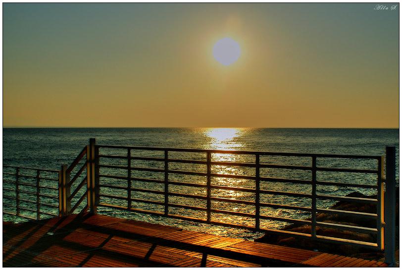 """фото """"Так рождается день..."""" метки: пейзаж, вода, закат"""