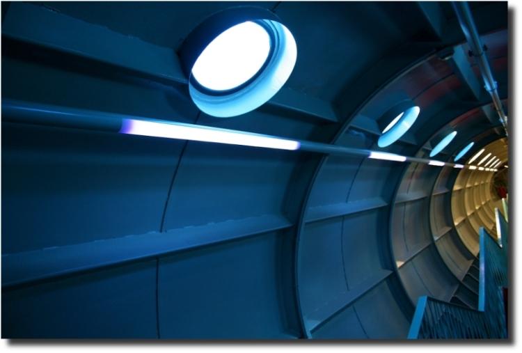 "фото ""Inside Atomium #1"" метки: архитектура, путешествия, пейзаж, Европа"