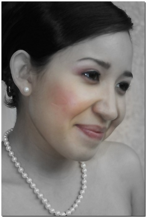 "photo ""String Of Pearls"" tags: portrait, woman"