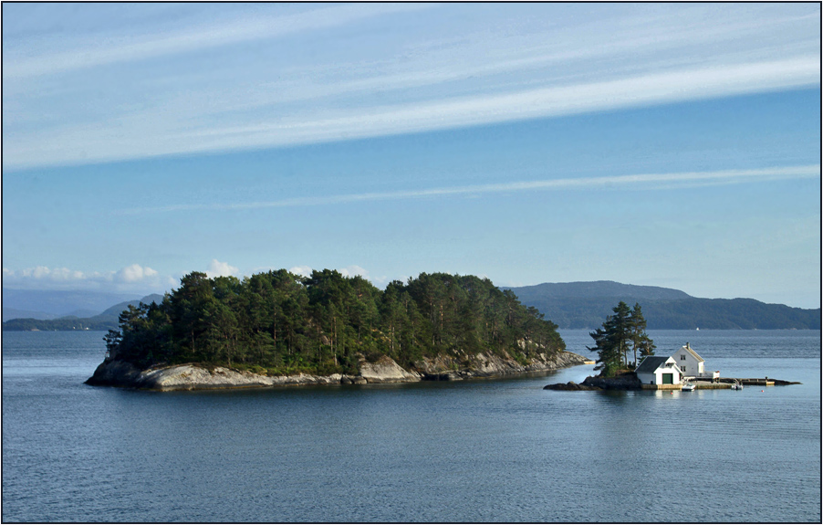 "photo ""Islands Bergenfjord"" tags: landscape, travel, Europe, water"