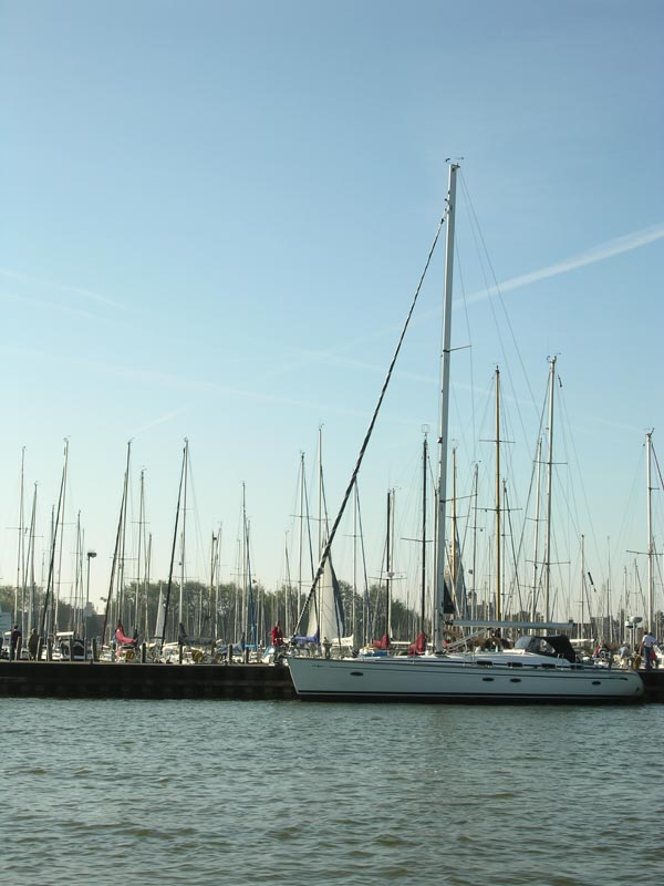 "photo ""Masts"" tags: landscape, travel, Europe, water"