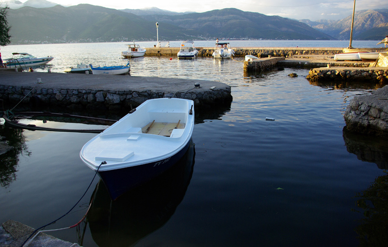 "фото ""White boat"" метки: пейзаж, вода"
