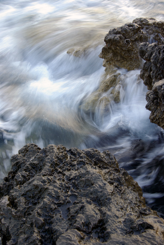 "photo ""Wave's foam"" tags: landscape, water"