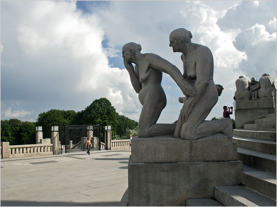 "photo ""Gustavo Vigellana sculptures, Oslo. Old age"" tags: architecture, travel, landscape, Europe"