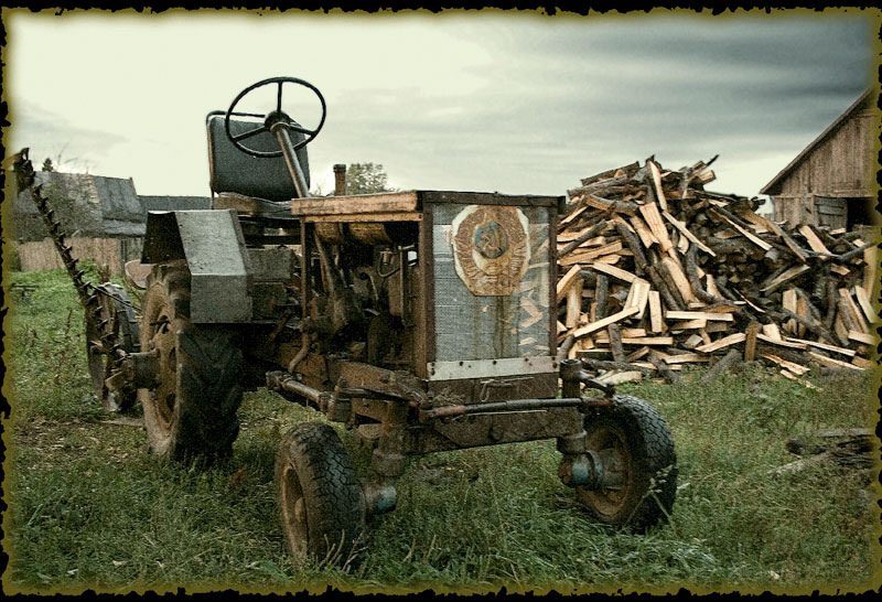 "photo ""Tracktor"" tags: landscape, technics,"