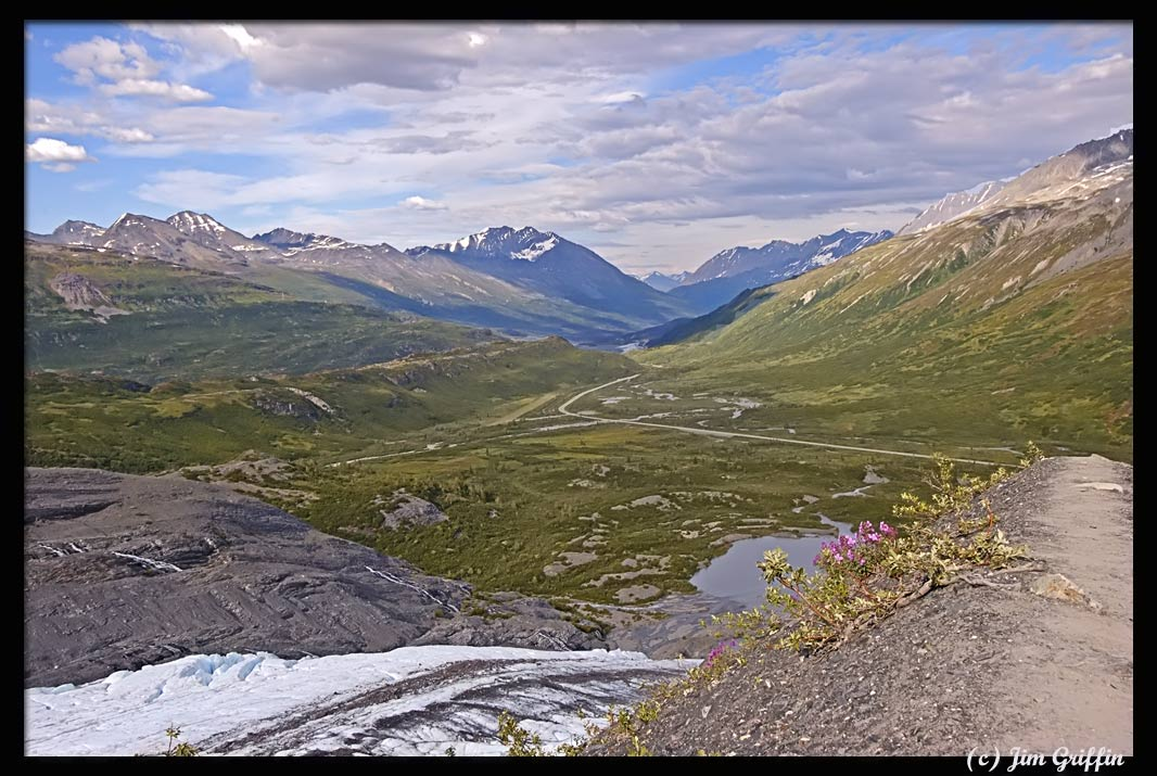 "photo ""The hike at Worthington glacier reaches the endpoint"" tags: landscape, mountains, summer"