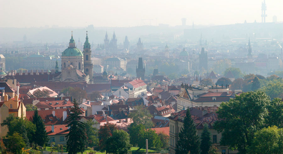 "photo ""30164 Prague one misty day"" tags: travel, architecture, landscape, Europe"