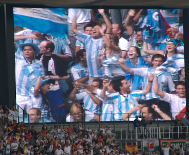 "photo ""Argentina"" tags: sport, reporting,"