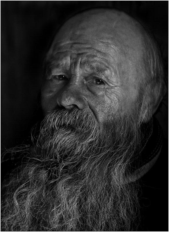 "photo ""Wise"" tags: portrait, black&white, man"