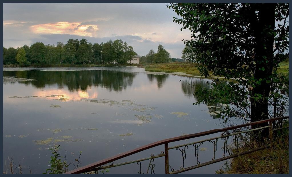 "photo ""Evening walk."" tags: landscape, sunset, water"