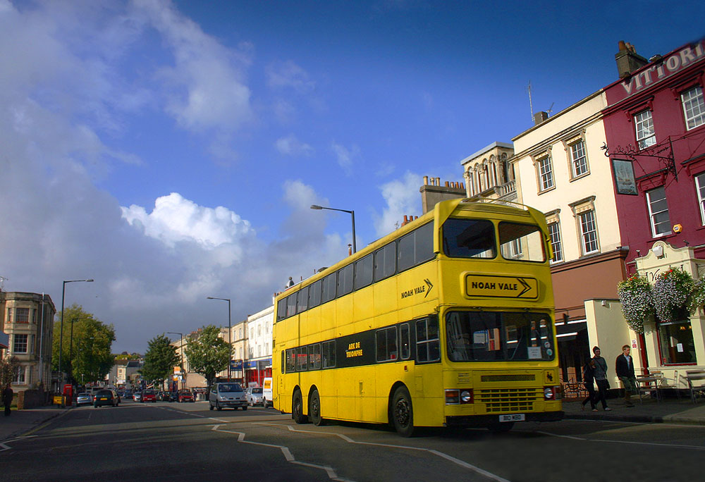 "photo ""The yellow bus."" tags: travel, technics, Europe"