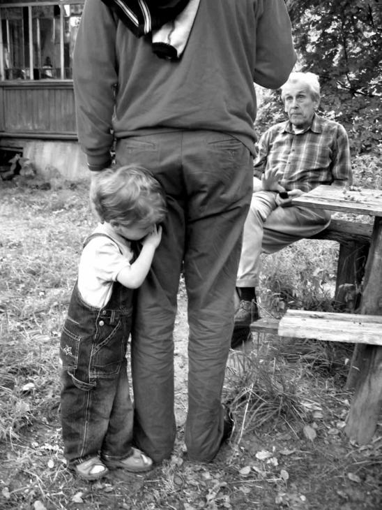"photo ""three generations"" tags: black&white, genre,"