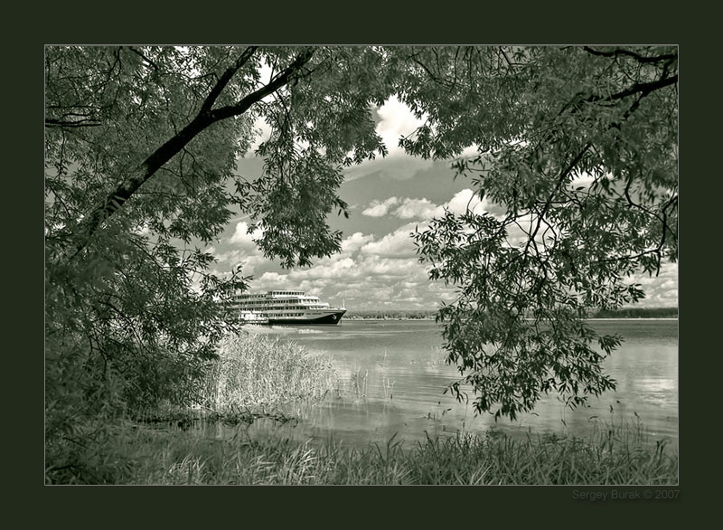 "photo ""Day on Volga"" tags: landscape, black&white,"