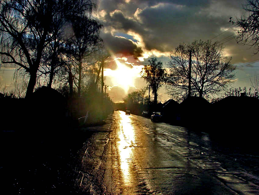 """photo """"The alarming way"""" tags: landscape, clouds, sunset"""