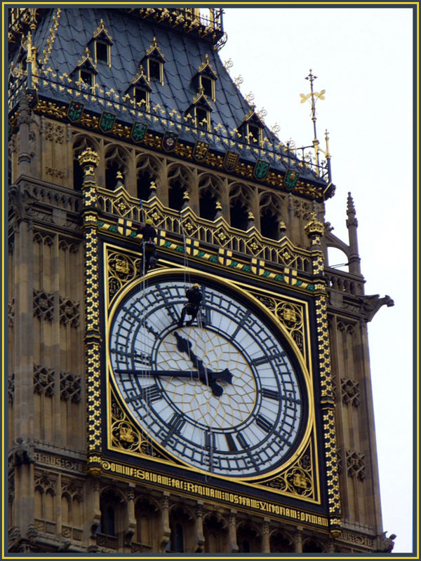 "photo ""Big Ben with little surprise"" tags: travel, reporting, Europe"