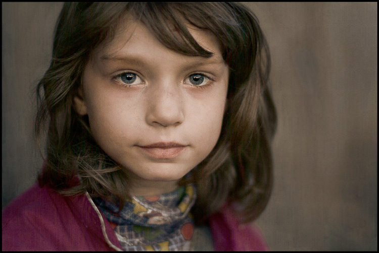 "photo ""Girl from outskirts #3"" tags: portrait, children"