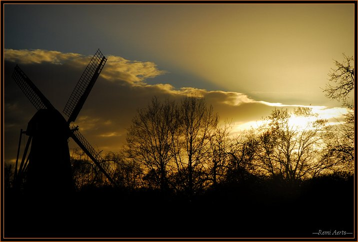 "photo ""wind mill  in the sunset"" tags: landscape, architecture, sunset"