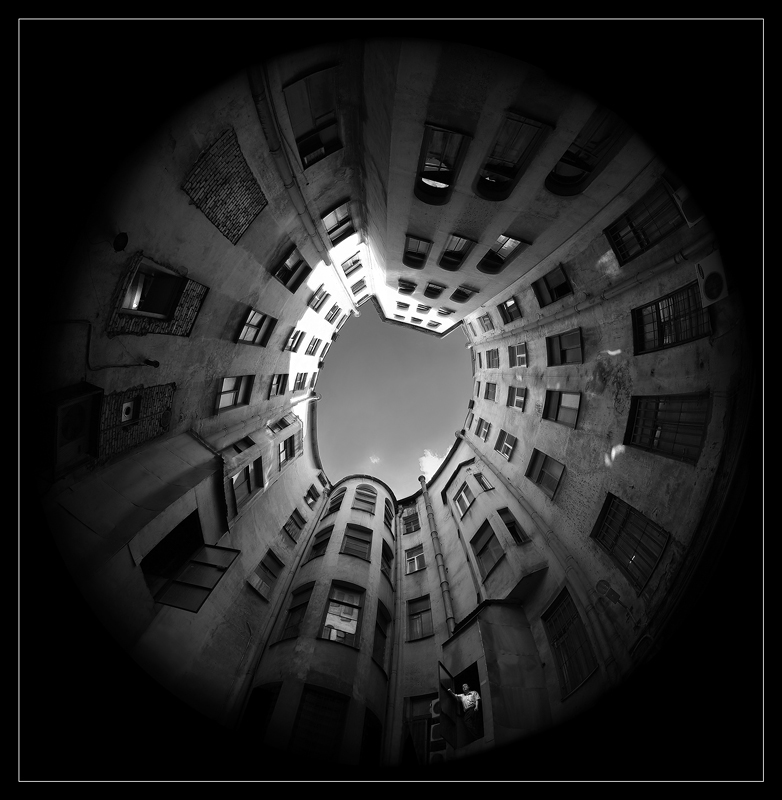 "photo ""From below upwards..."" tags: city, black&white,"