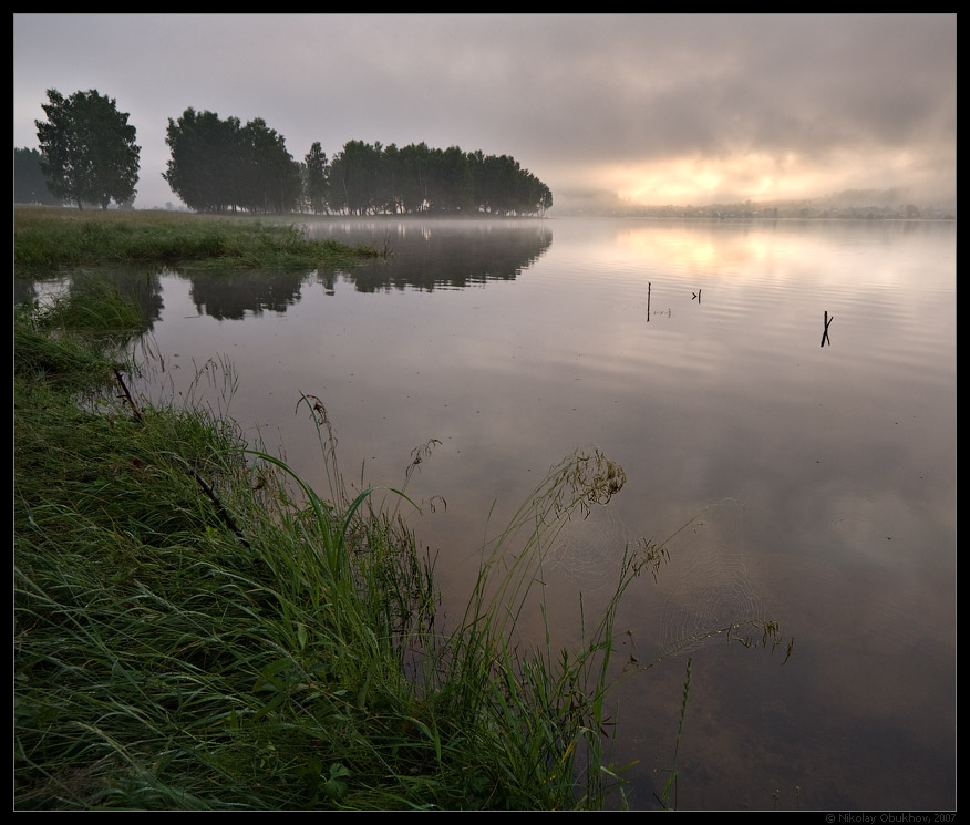 "photo ""Сloudy morning / 0172_0142"" tags: landscape, fog, summer, sunrise, water"