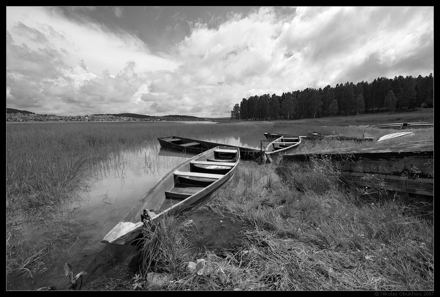 "photo ""Etude with boats / 0172_0006bw"" tags: landscape, summer"