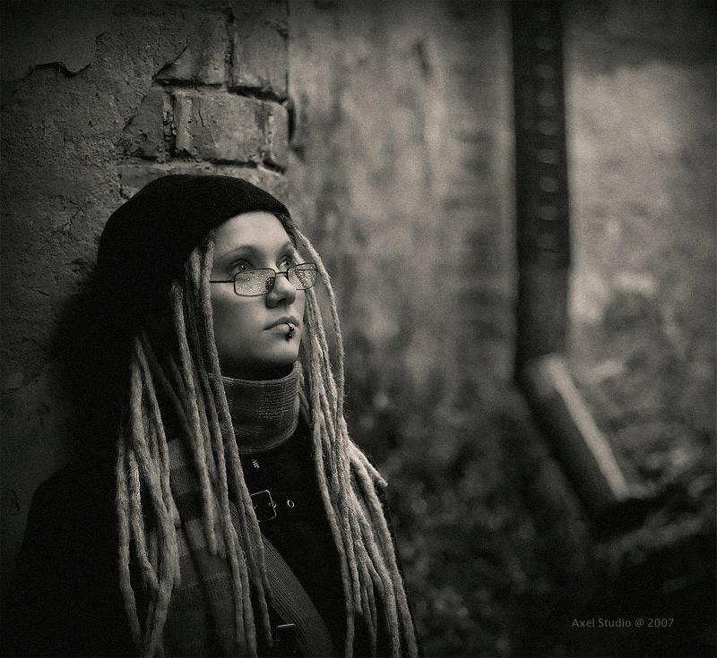 """фото """"И дождь этого города заменил мне слезы...."""" метки: черно-белые, портрет,"""