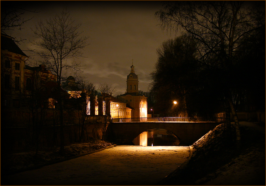 "photo ""***"" tags: landscape, architecture, night"